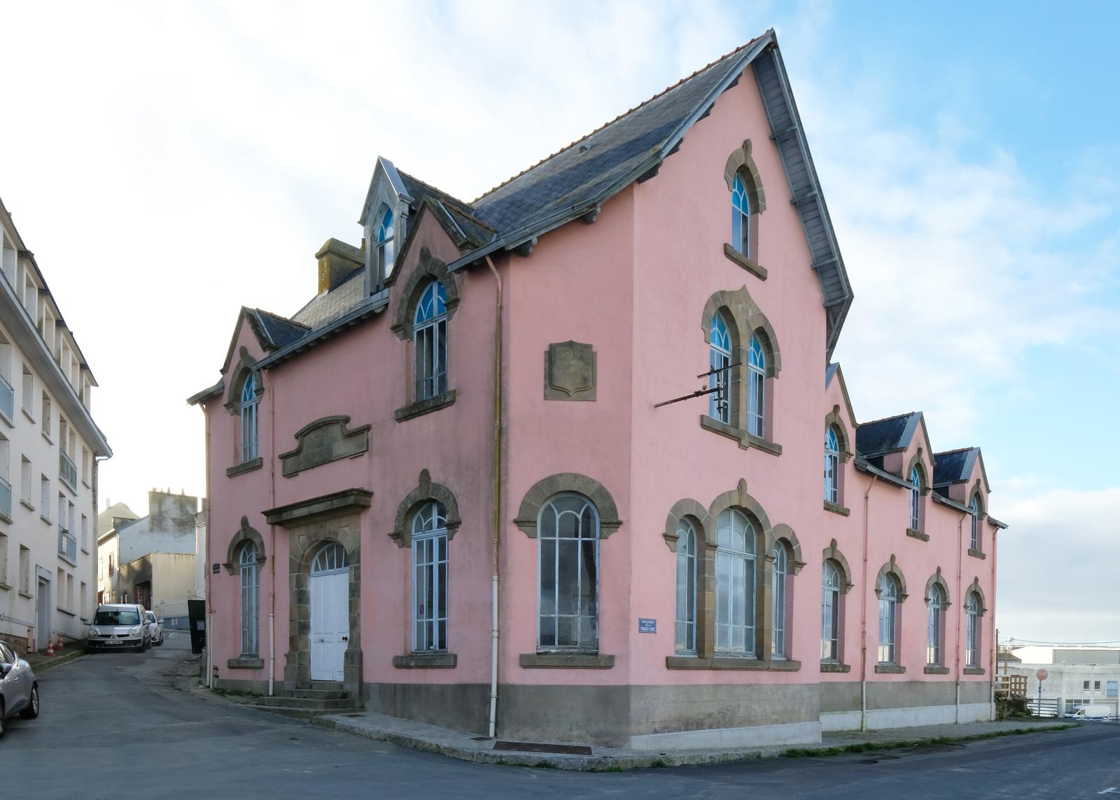 l'abri du marin - heros architecture architecte parisien paris douarnenez l'abri du marin salle de spectacle équipement culturel