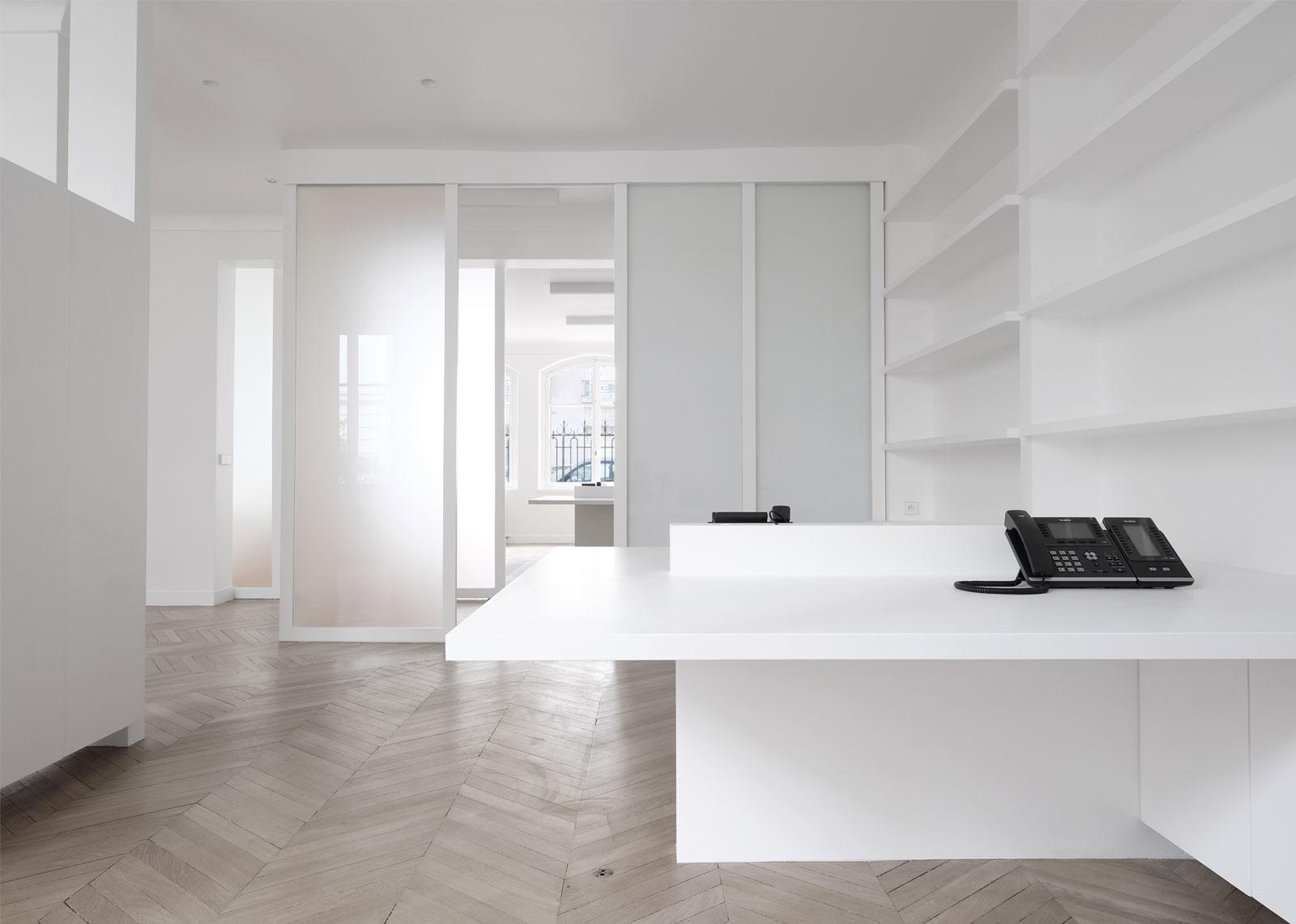 bureaux M - heros architecture architecte intérieur parisien paris appartement bureau bureaux avocat rénovation réhabilitation extension restructuration minimaliste design épuré maison surélévation