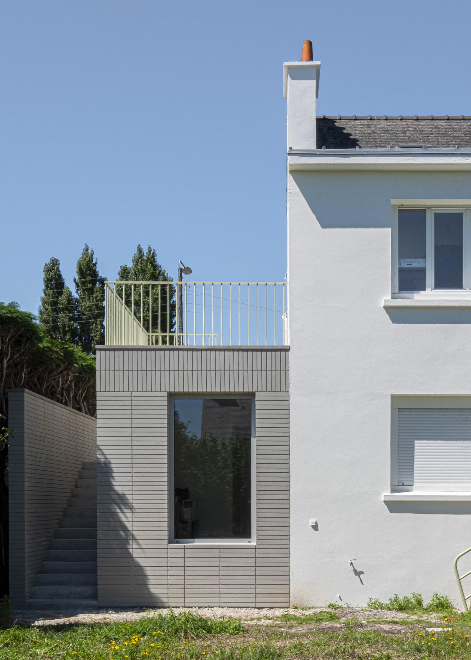 cabinet kinésithérapie + logement